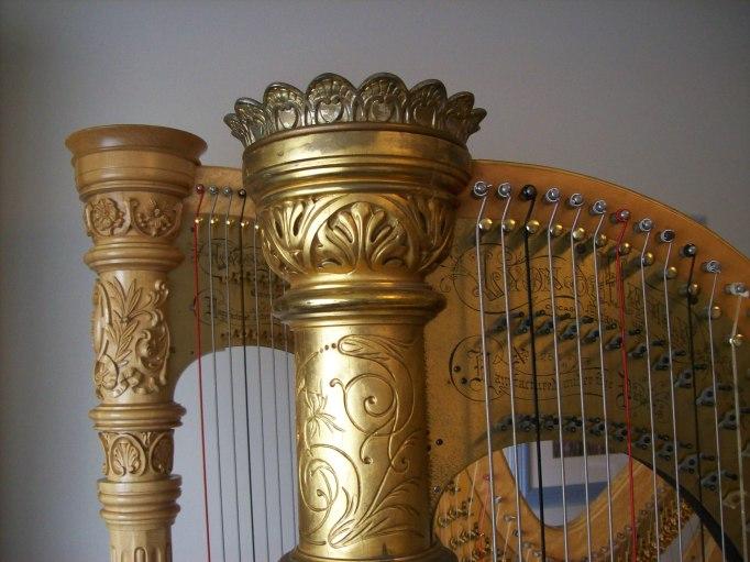 Harp Crowns
